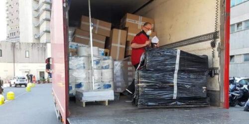 Consegna dei materiali all'ospedale Belcolle